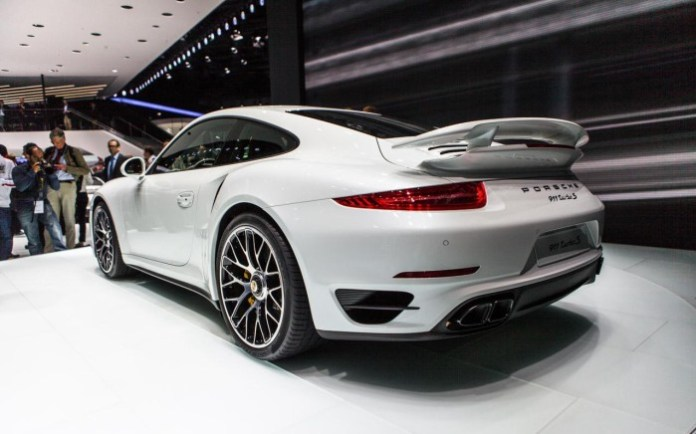 Porsche 911 Turbo S 2014 Live in Frankfurt 2013 (10)