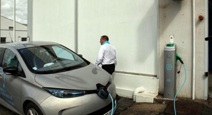 Renault-Free-EV-Charge-0