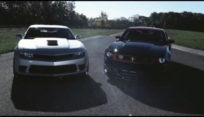 Camaro Z28 vs Mustang Boss 302