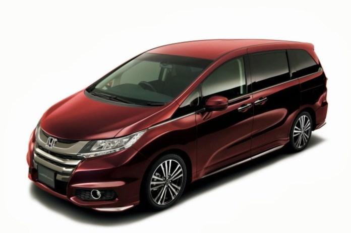 Honda Odyssey JDM-spec 2014 (18)
