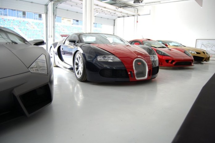 Supercar Garage at Bahrain (23)