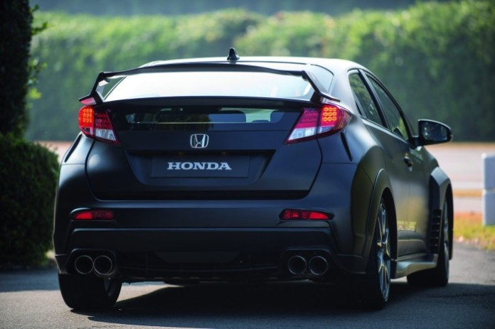 2015 Honda Civic Type-R prototype 11