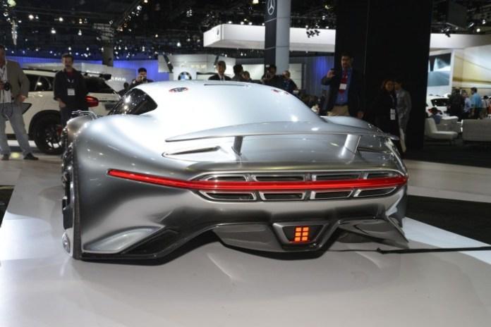 Mercedes-Benz AMG Vision Gran Turismo (4)