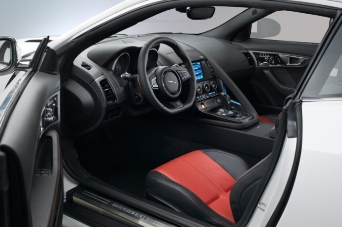 New-Jaguar-F-Type-Coupe-67[2]