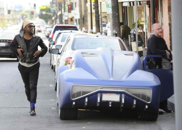 Will.i.am I.Am.Auto coupe (4)