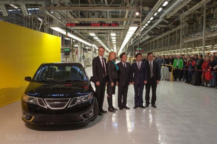 Saab restarts production 2
