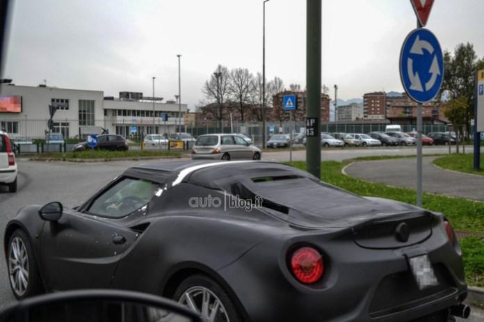 Alfa Romeo 4C Spider Spy Photos