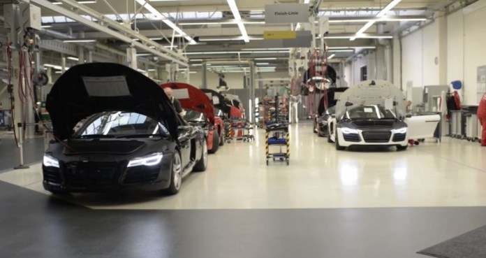 How to Build an Audi R8 V10 Plus