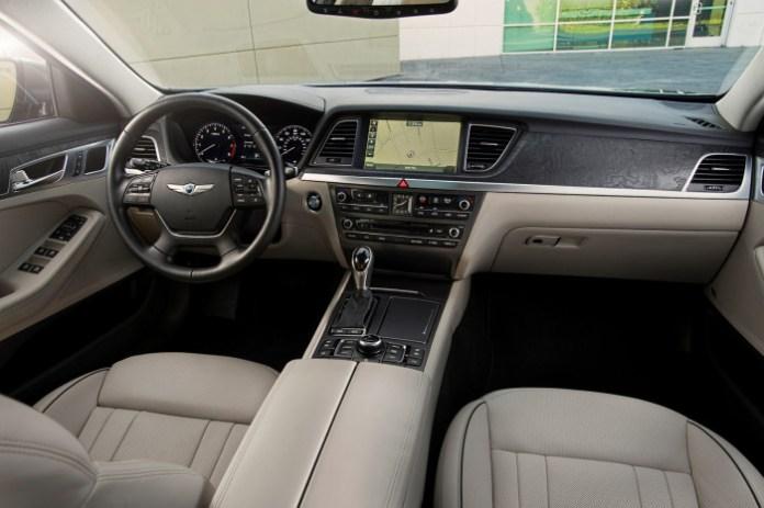 Hyundai Genesis 2015 (27)