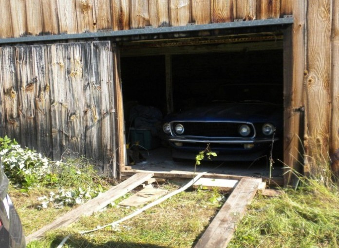 """Barn find"" 1969 Mustang Boss 302"