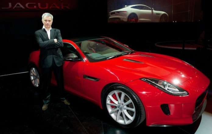 Jose Mourinho and his Jagyar F-Type Coupe (2)