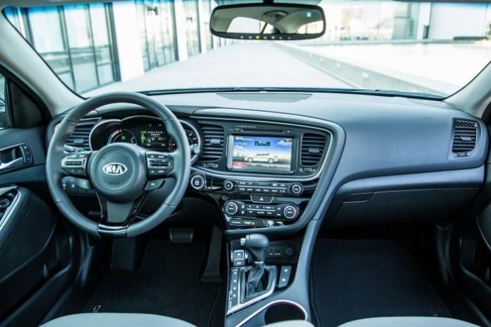 Kia Optima Hybrid 2014 (2)
