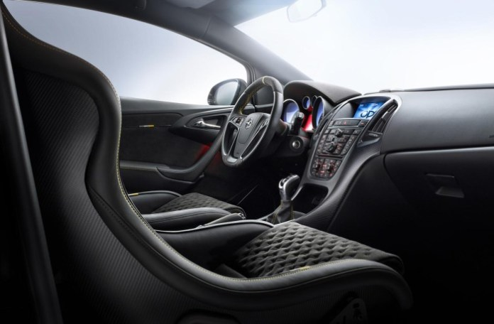 Opel Astra OPC EXTREME 7