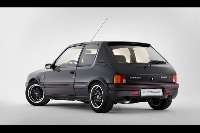 Peugeot-205-GTi-19-16V-Gutmann-7[6]