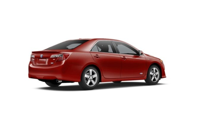 Toyota Camry Hybrid SE Limited Edition (2)