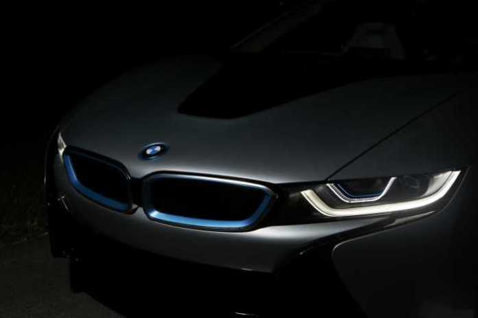 bmw i8 lights (1)