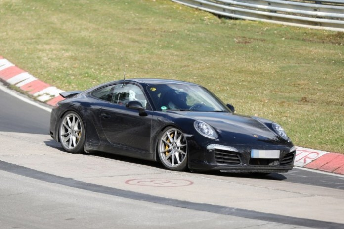 2015 Porsche 911 facelift spy photos