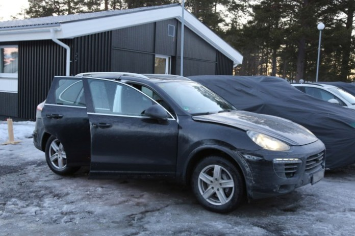 2015 Porsche Cayenne facelift spy photo (6)a