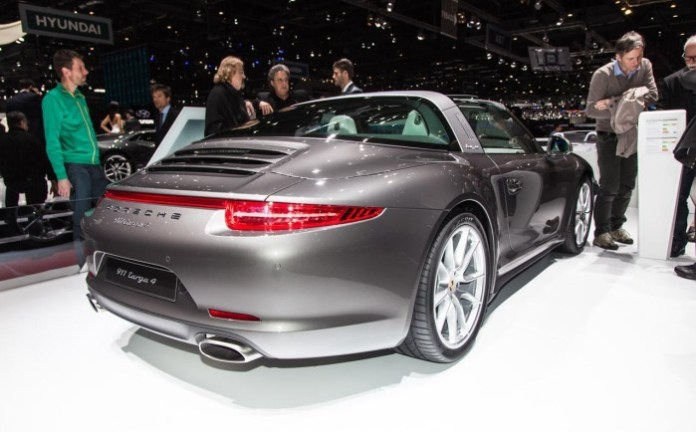 Porsche 911 Targa and Macan Diesel S in Geneva 2014 (20)
