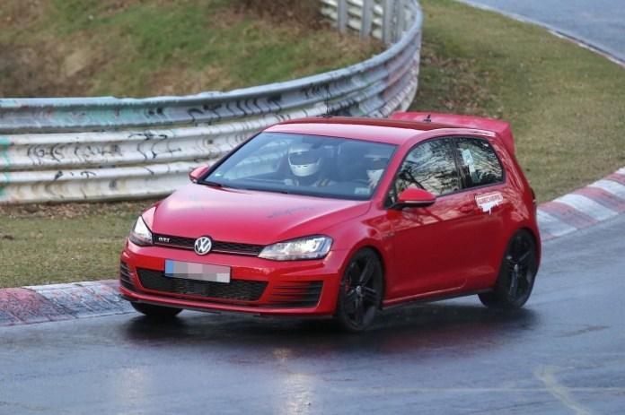 Volkswagen Golf GTI Club Sport Spy Photos