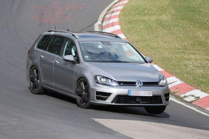 Volkswagen Golf R Estate Spy Photos (8)