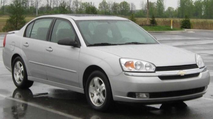2004-2005_Chevrolet_Malibu_--_05-01-2010