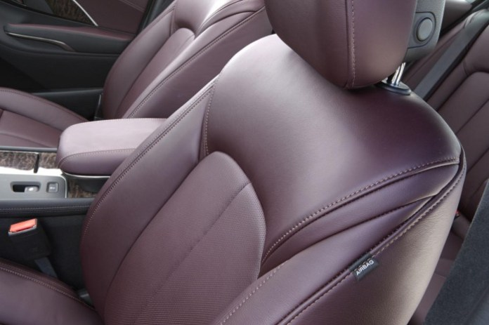 2014 Buick LaCrosse with Ultra Luxury Interior Package 2