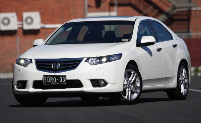 2012_honda_accord_euro_manual_review_01-4e94ecc2a7860