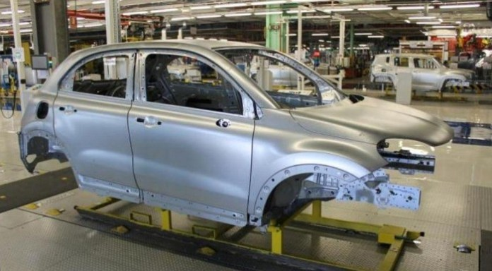 Fiat 500X production body (1)