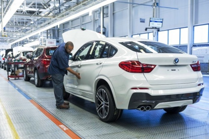BMW-X4-rear-three-quarters-manufacturing-plant-in-Spartanburg-1024x681