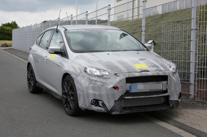 Ford Focus RS 2016 Spy Photos