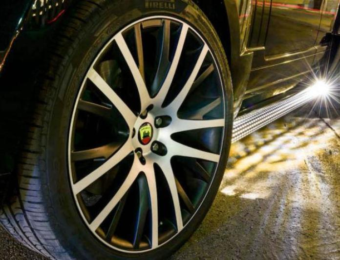 Range Rover AR 9 Spirit V8 Supercharged by Arden (4)