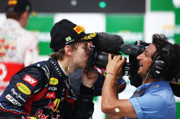 Vettel Camera Kiss