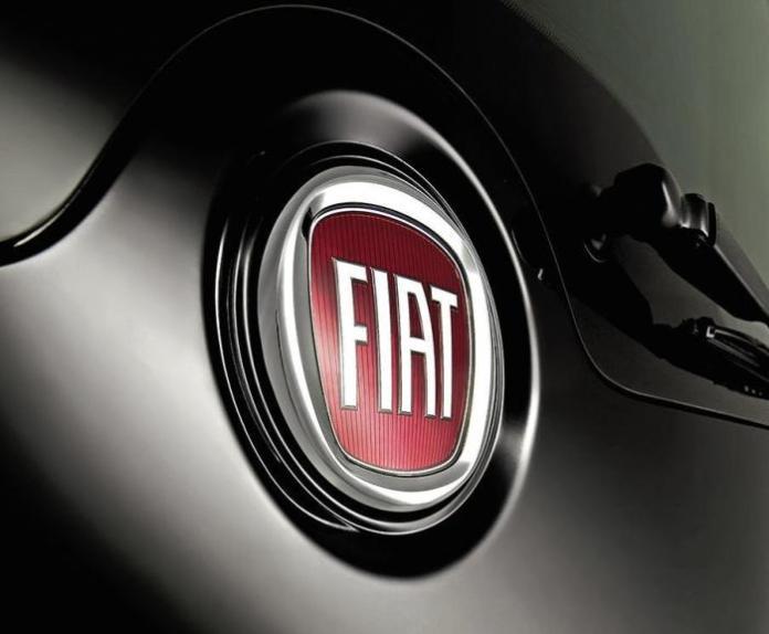 2010_fiat_badge