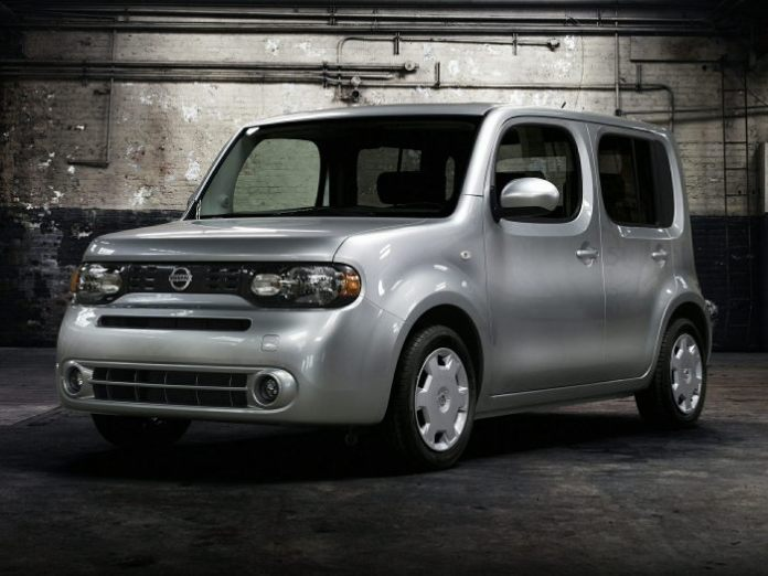 2014-Nissan-Cube-Wagon-1.8-S-4dr-Front-wheel-Drive-Wagon-Exterior