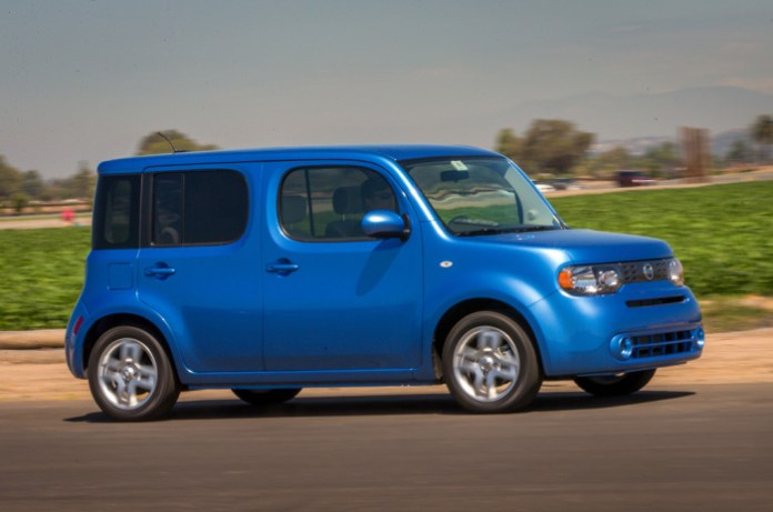2014-nissan-cube-right-side