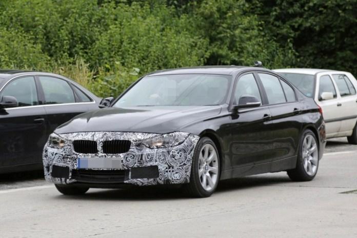 BMW 3-Series sedan and wagon facelift Spy Photos (1)
