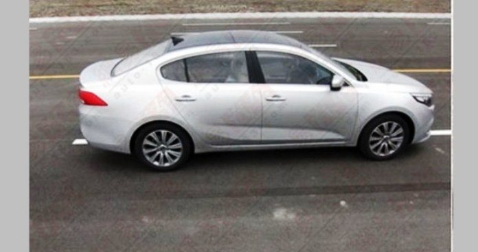 Kia K4 production version spy photo (4)