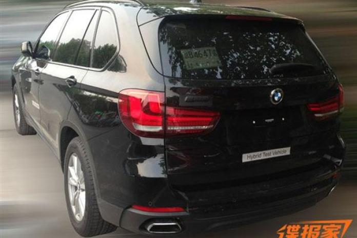 Production-ready BMW X5 eDrive spy photo (2)