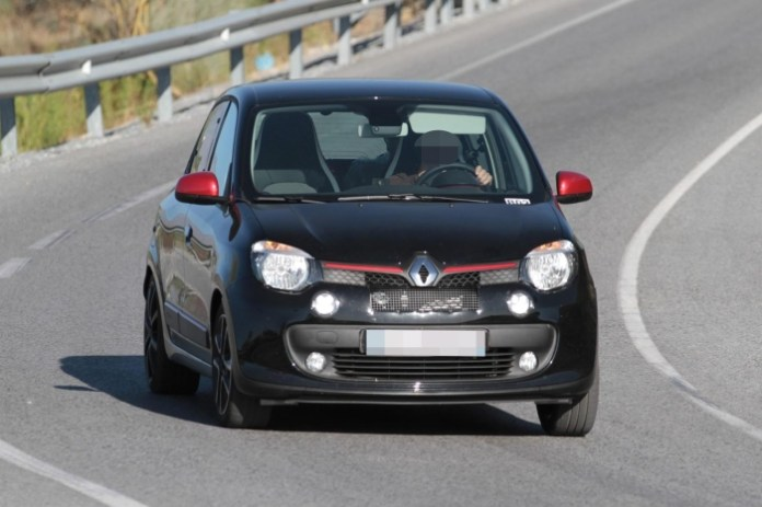 Renault Twingo RS Spy Photos (1)