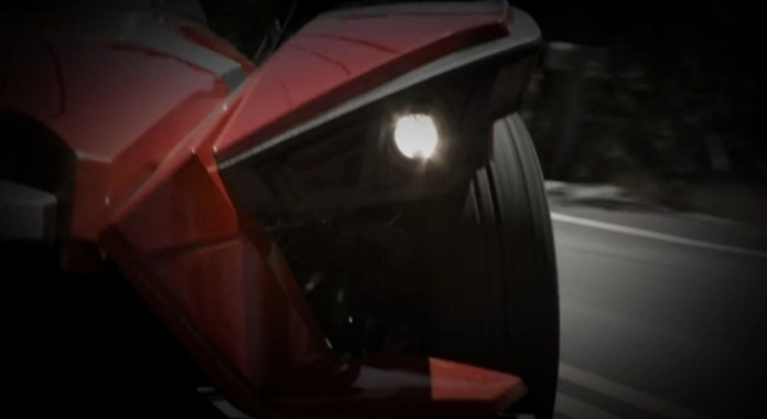 polaris-slingshot-looks-hotter-than-hell-photo-galleryvideo_4