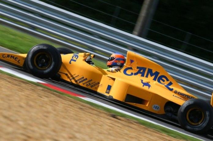Στους άτυχους πιλότους της σεζόν συγκαταλέγονται οι Alessandro Nannini (Benetton) και Martin Donnelly (Lotus 102-φωτό). Ο Βρετανός είχε ένα φριακιστιακό ατύχημα στις ελεύθερες δοκιμές της Jerez, που τον έθεσε οριστικά εκτός Formula 1.
