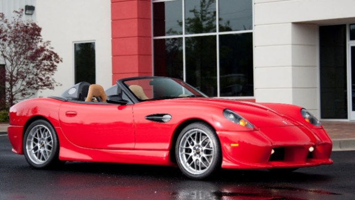 2015-panoz-25th-anniversary-edition-esperante-spyder-takes-to-monterey_1