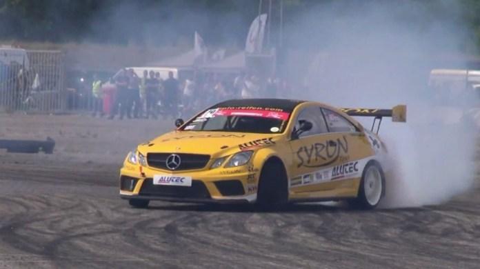 Mercedes Drifting