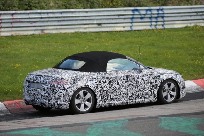 Audi TT roadster 2015 spy photo (3)