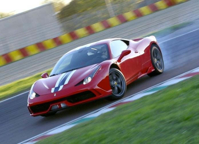 Ferrari-458-Speciale-drifting
