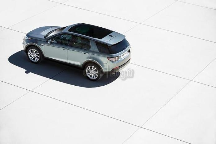 Land Rover Discovery Sport leaked photos (4)