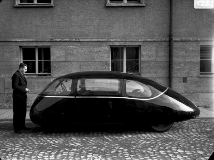 The-Schloerwagen-or-Pillbug-car-2