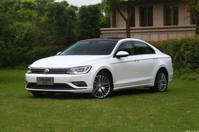 Volkswagen Lamando live photos