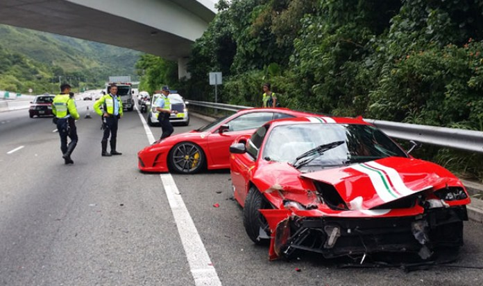 ferrari crash (2)